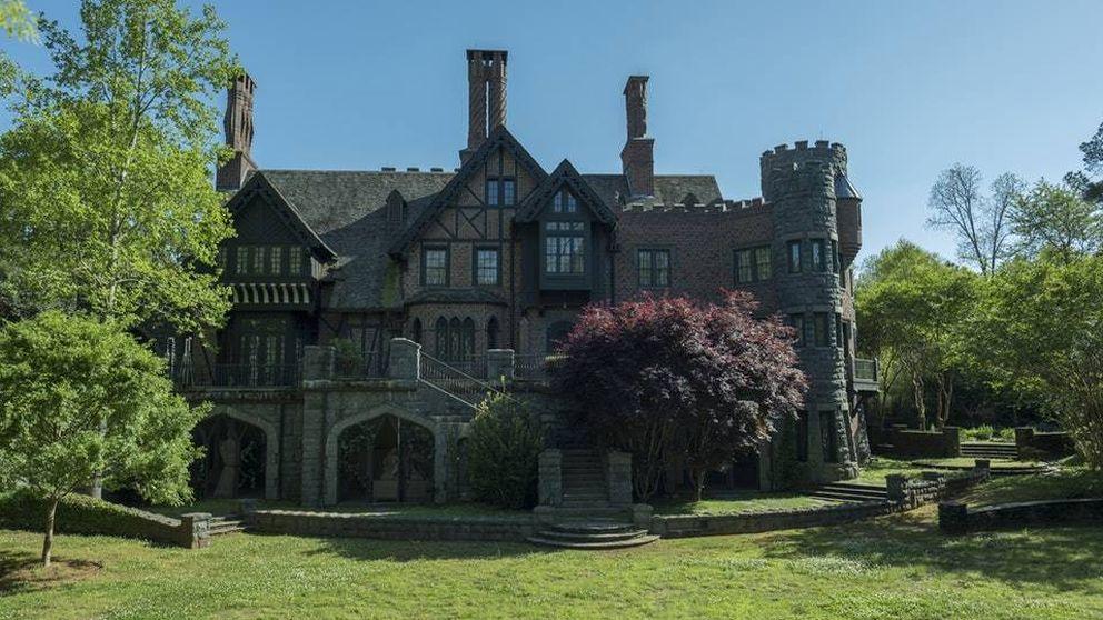 'Hill House': la mansión existe, está encantada y te puedes casar allí