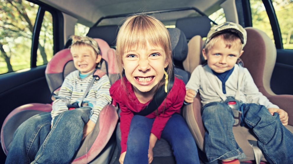 Justo: los niños tardan una hora y media en preguntar cuánto falta en el coche