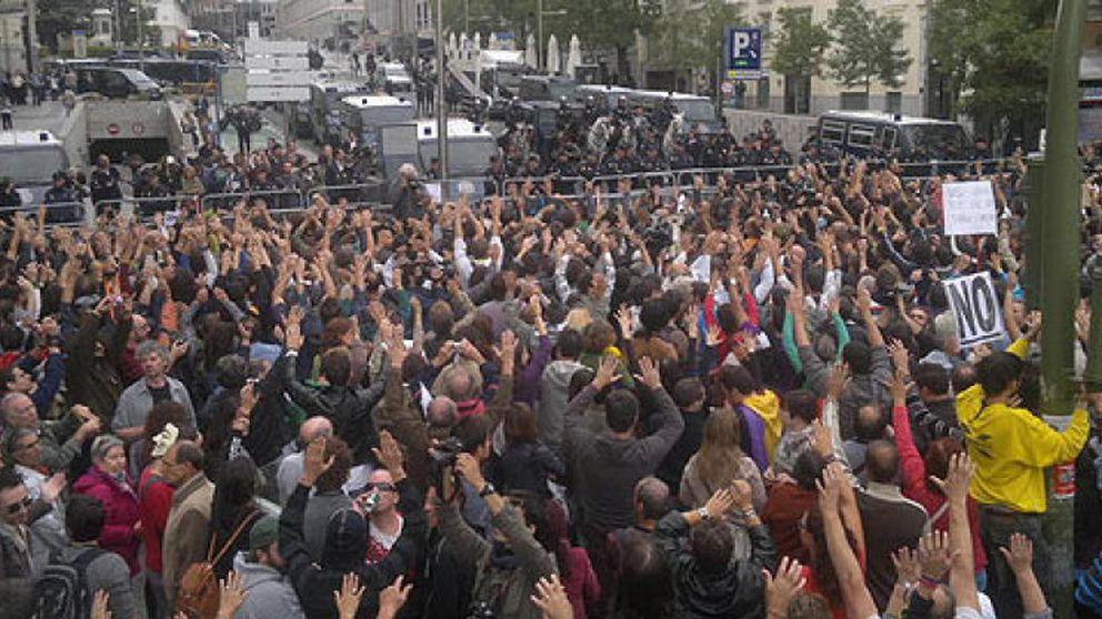 La protesta Rodea el Congreso deriva en enfrentamientos y cargas policiales