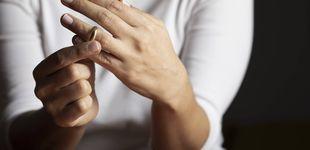 Post de Su novio se enfada con ella por mostrar en redes un anillo de compromiso barato