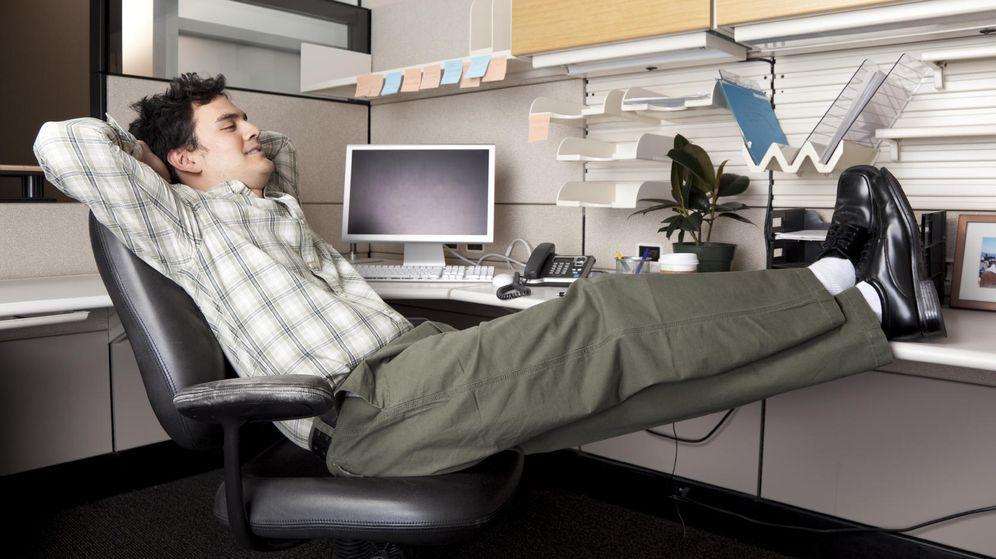 Foto: ¿Para qué gastar tiempo si el ordenador puede hacerlo todo por ti? (iStock)
