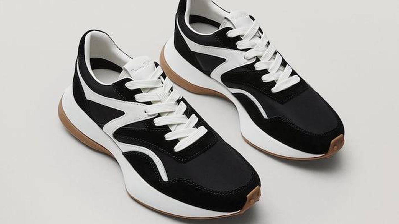 Zapatillas Massimo Dutti. (Cortesía)