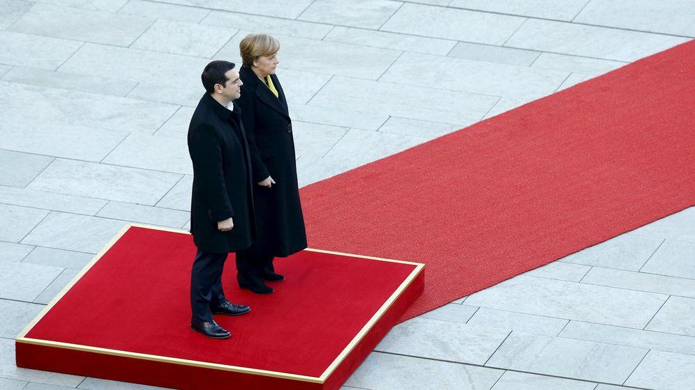 Foto: Imagen de archivo de Angela Merkel y Alexis Tsipras (Reuters)