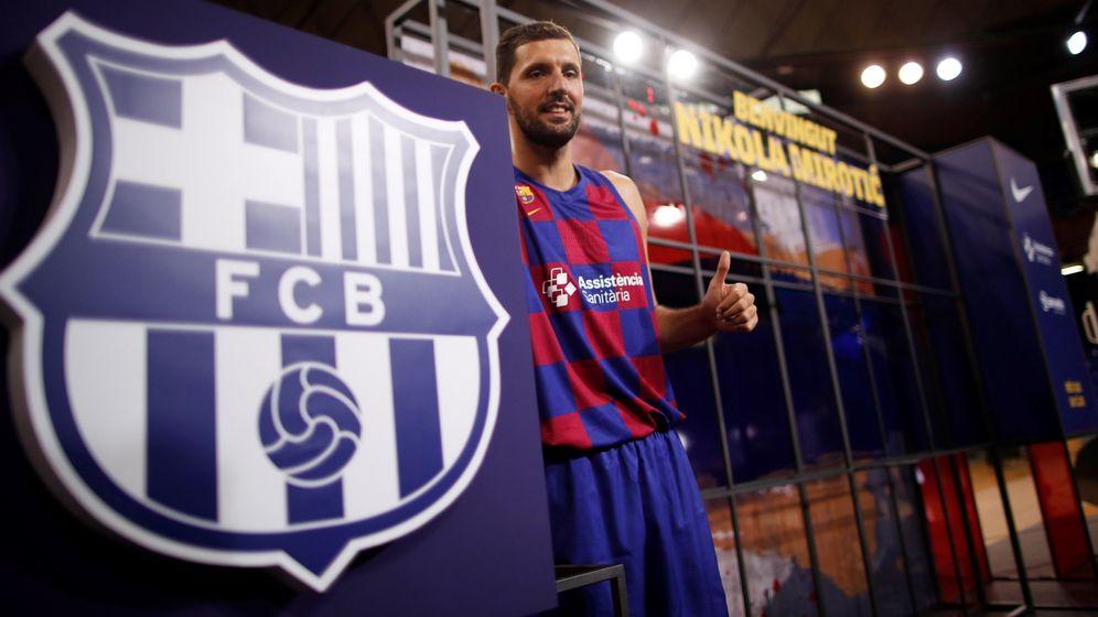 Foto: Nikola Mirotic fue presentado este lunes como nuevo jugador del FC Barcelona. (EFE)