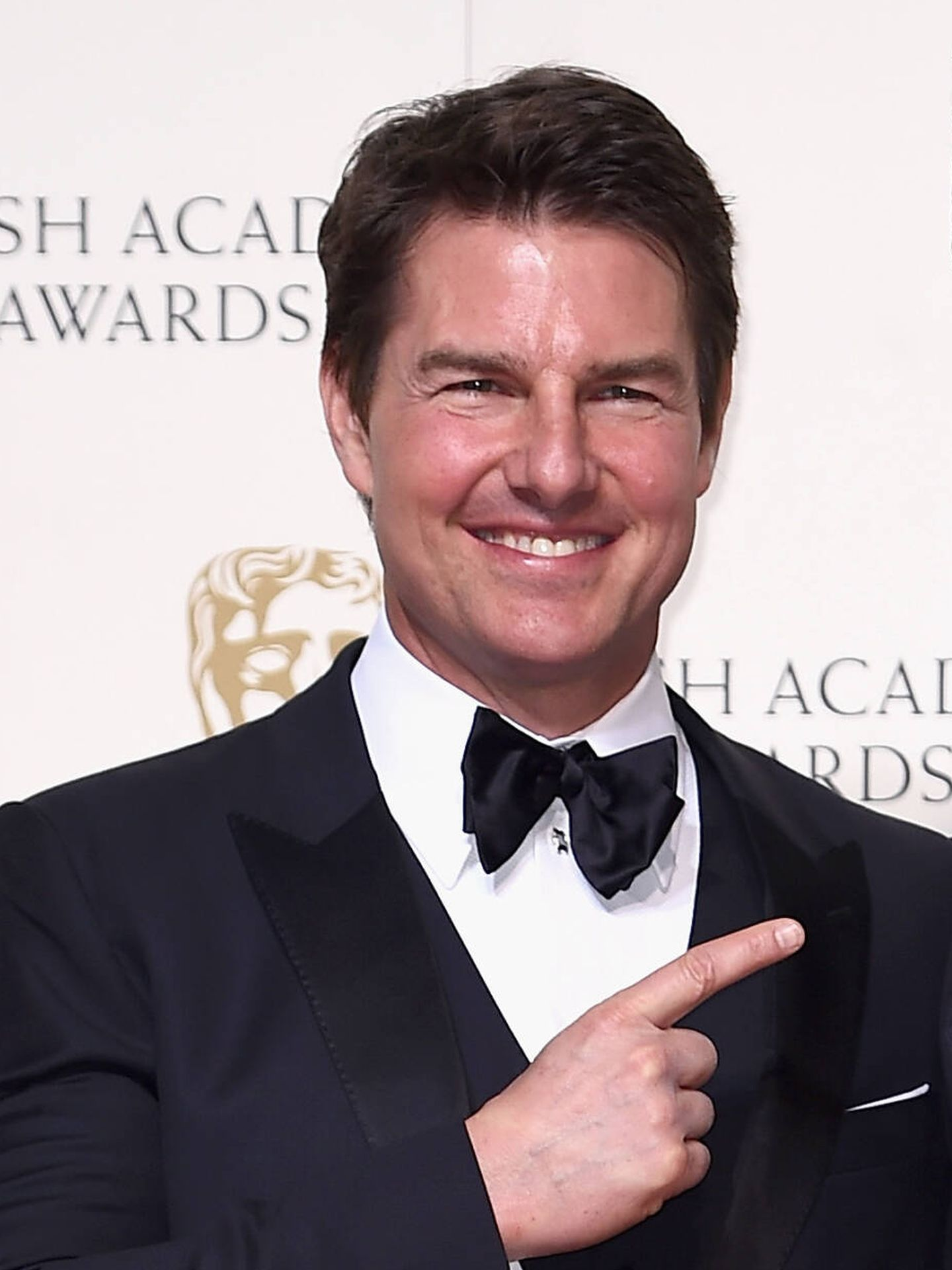El comentadísimo retoque de Tom Cruise en los BAFTA de 2016. (Getty)