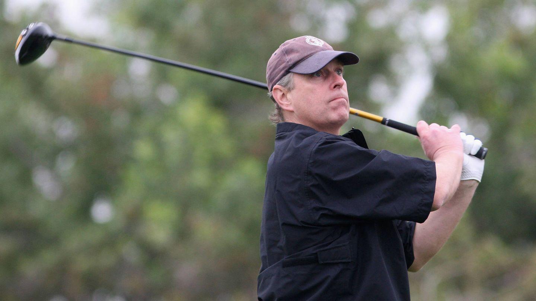 El príncipe Andrés de Inglaterra, en campeonato de golf de Abu Dabi. (Getty)