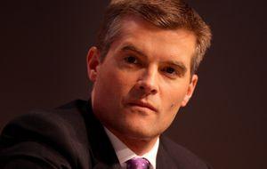 El ministro inglés de Inmigración dimite por tener una empleada ilegal