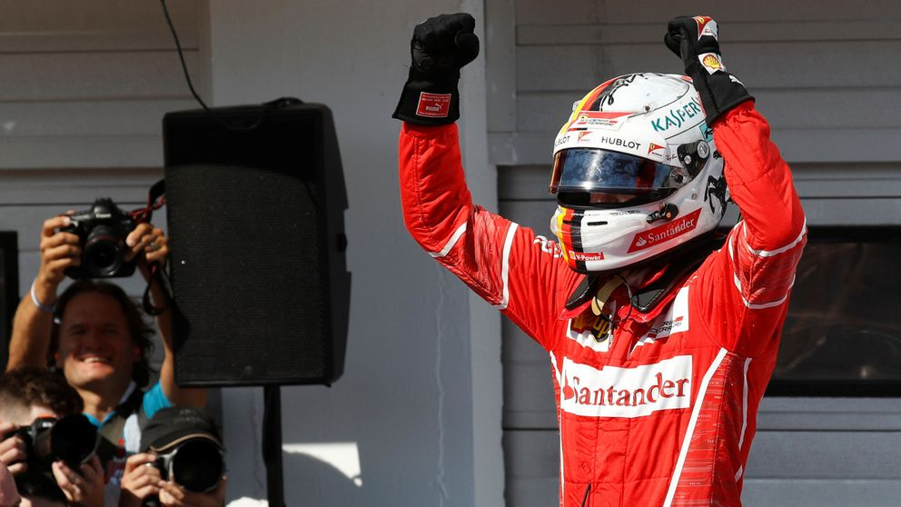 Victoria de infarto de Vettel con ayuda de Raikkonen; Alonso (6º) y Sainz (7º) brillan