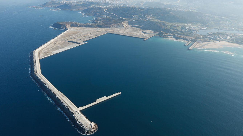 El Puerto Exterior de A Coruña, una obra faraónica que ha quedado para los percebes