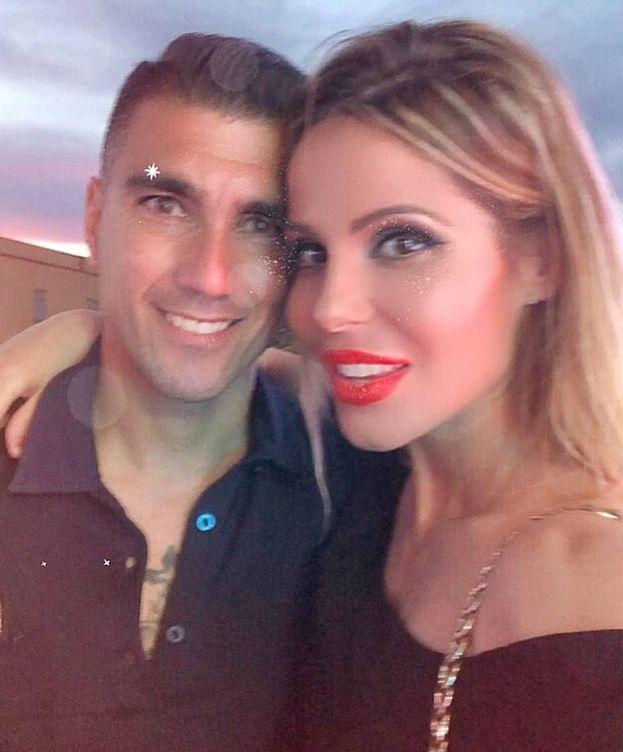 Foto:  Reyes y su mujer. (Instagram)