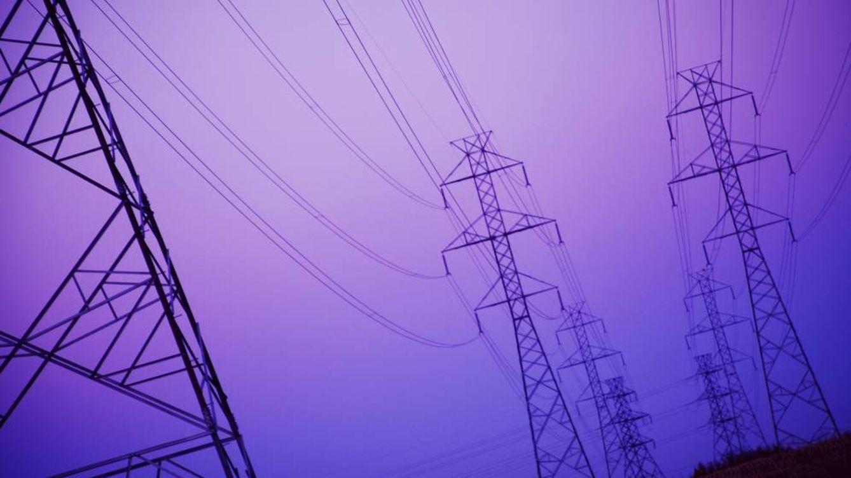 Bruselas avisa: España es el país que más entorpece la competencia a las eléctricas