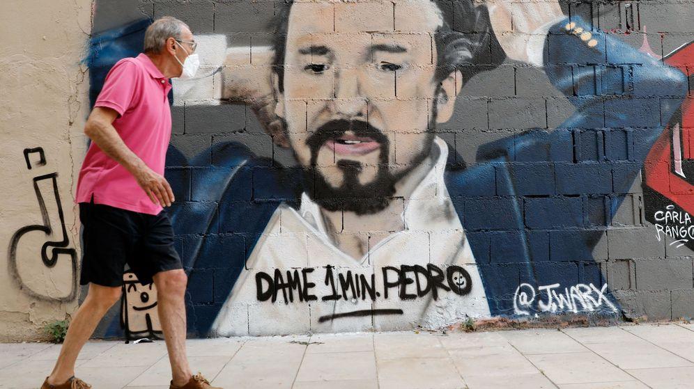 Foto: Un grafiti del artista J. Warx del vicepresidente segundo y ministro de Derechos Sociales y Agenda 2030, Pablo Iglesias. (EFE)