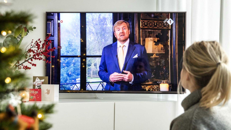 El discurso navideño de Guillermo Alejandro, a través de la televisión. (EFE)