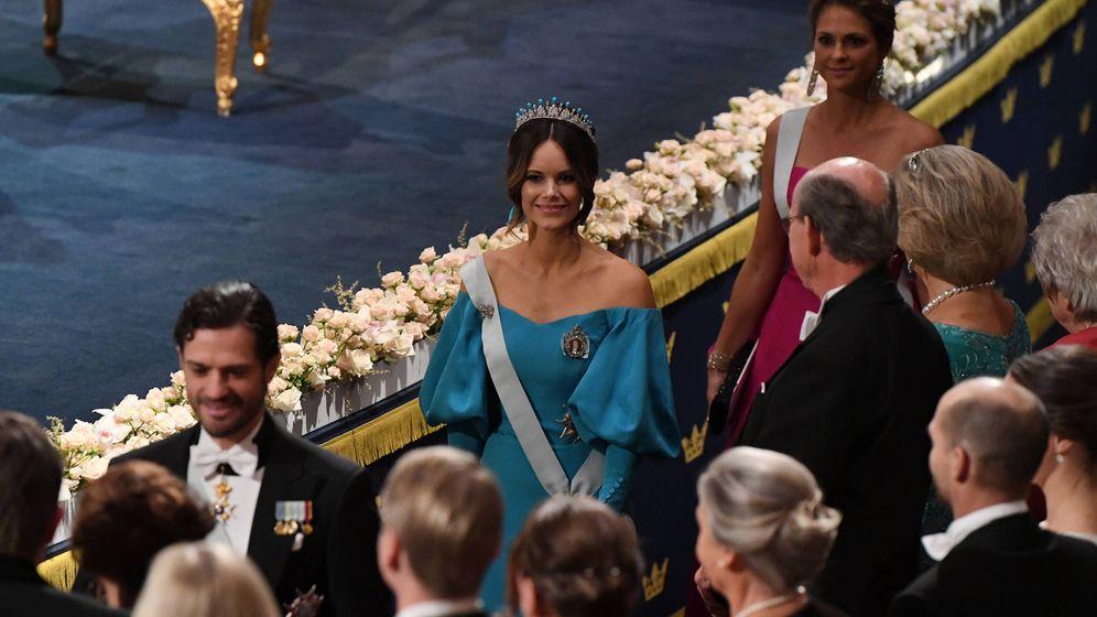 Foto: Magdalena y Sofía de Suecia, en la ceremonia de los Premios Nobel. (Getty)