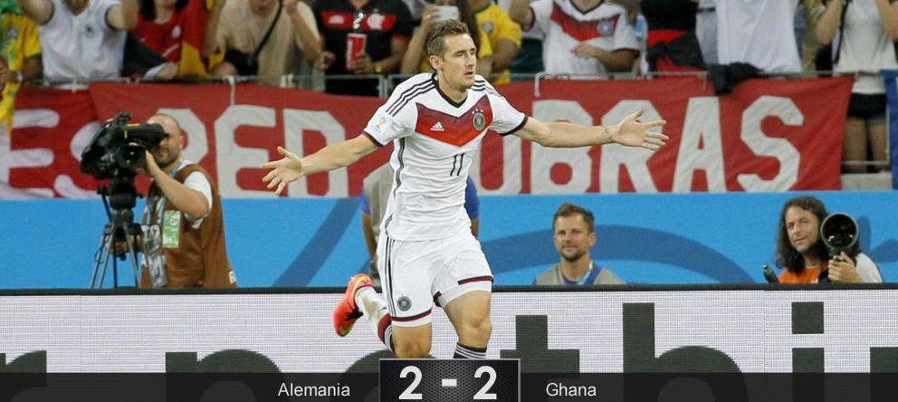 Foto: Klose entra en la historia de los Mundiales para salvar a una Alemania con dos caras