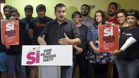 La CUP dejará al Govern en minoría y convoca hoy a los 'defensores' del referéndum