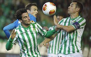 Garrido tropieza al contrario queel primer Sevilla sin Del Nido