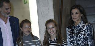 Post de Leonor y Sofía, dos working girls en Barcelona (y de nuevo conjuntadas)