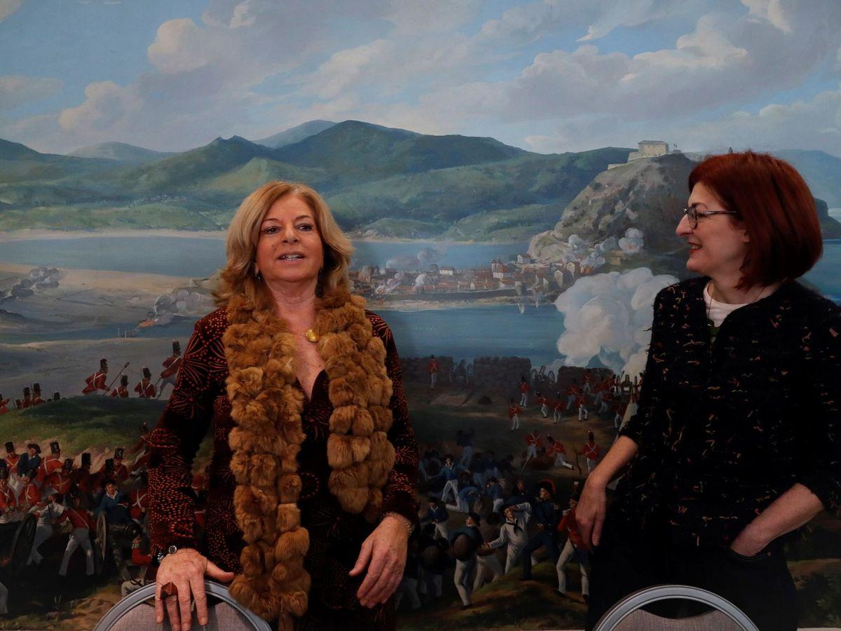 Foto: Consuelo Ordóñez (i), y Maite Pagazaurtundua, en una imagen de archivo. (EFE)
