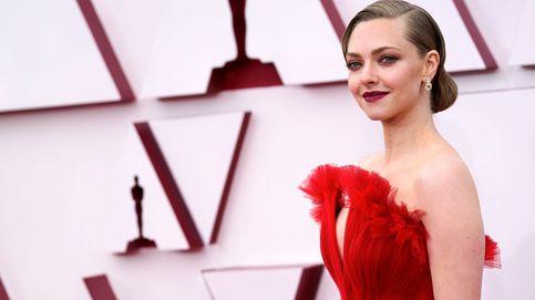 De Crocs a bolsos corazón: los accesorios de los premios Oscar