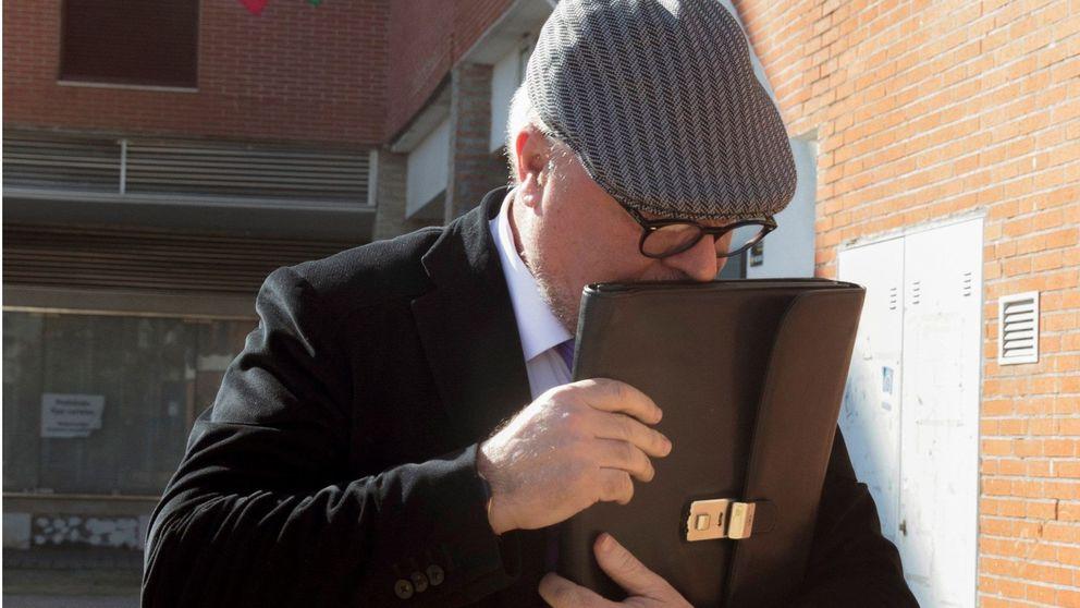 Villarejo traslada a su entorno que no tiene intención de suicidarse y llama a un notario