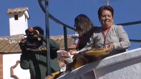 Lluvia de jamones y salchichas en Huelva