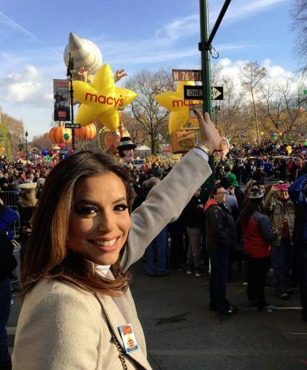 Foto: Eva Longoria en el desfile de Acción de Gracias (Instagram)