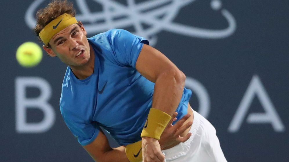 Foto: Nadal reapareció este viernes en Abu Dabi (Emiratos Árabes Unidos) tras casi cuatro meses de lesión. (Reuters)