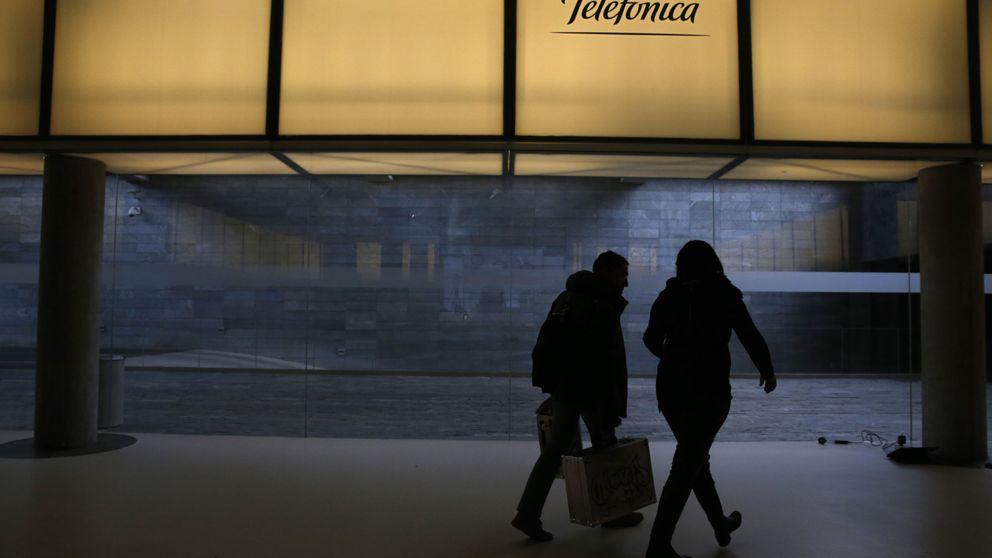 La tragedia que comparten la banca y Telefónica de la que nadie habla