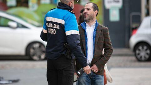 """El alcalde que quiere dejar sin Policía Local a 50.000 vecinos: """"Son una mafia"""""""