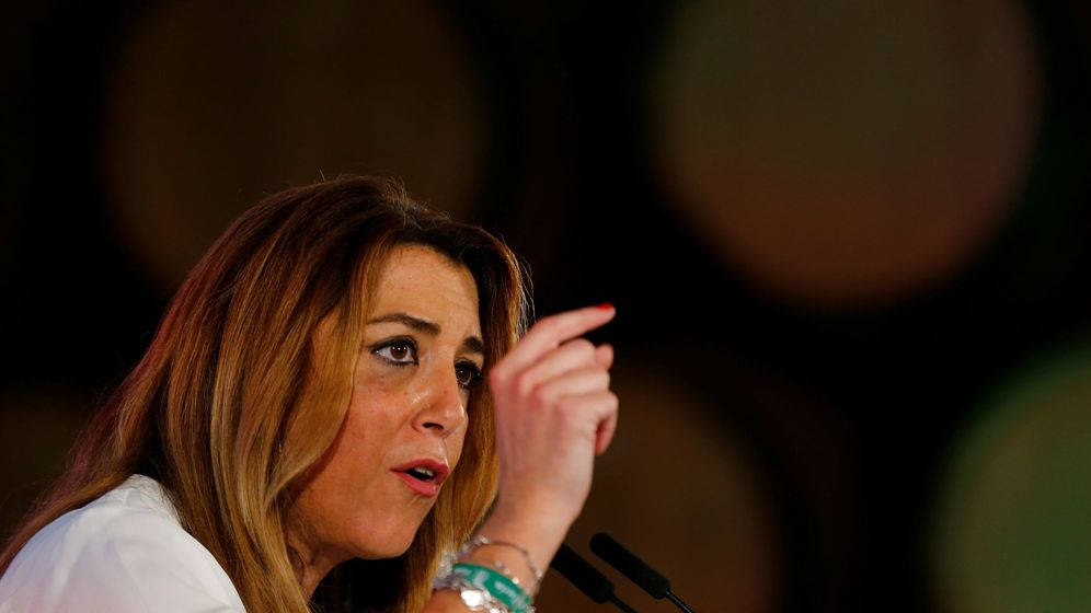 Foto: Suana Díaz pronuncia un discurso durante la campaña electoral del PSOE en Andalucía. (Reuters)