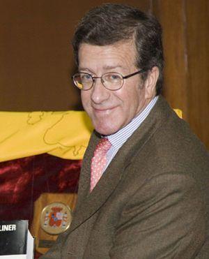 El Santander ficha al diplomático José María Robles Fraga, embajador de España en Pakistán