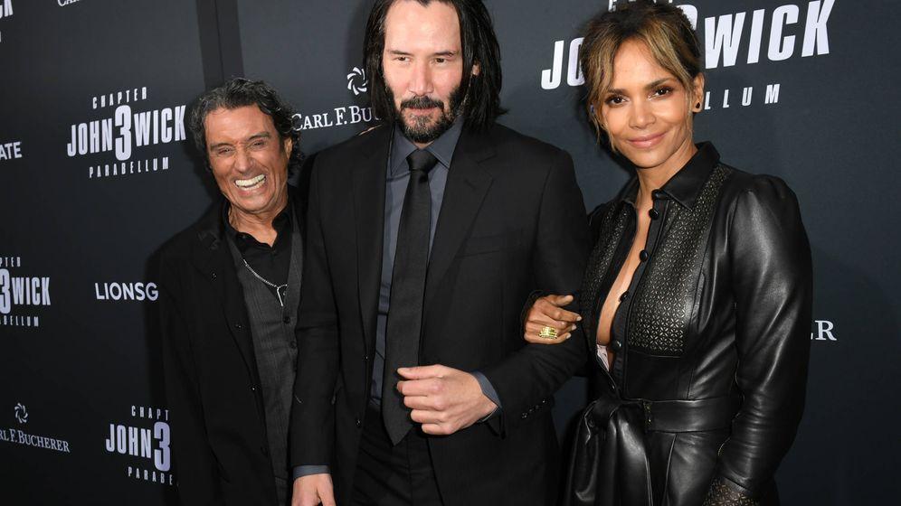 Foto: Ian McShane, Keanu Reeves y Halle Berry. (Getty)
