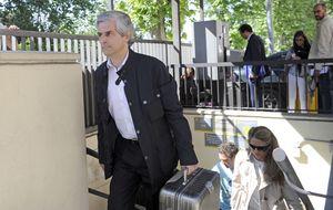 Adolfo Suárez Illana ingresa de nuevo para ser operado