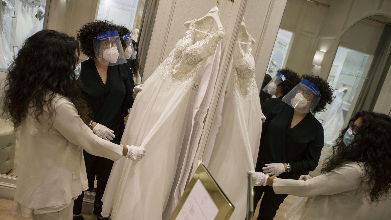 Tienda de la multinacional española de vestidos de novia Pronovias. (EFE)