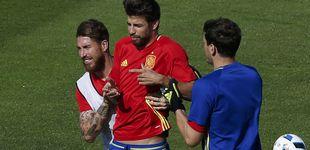 Post de Las bromas y no bromas entre Ramos y Piqué cuando juegan con España