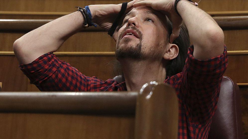 Foto: El líder de Podemos, Pablo Iglesias, durante el pleno del Congreso. (EFE)