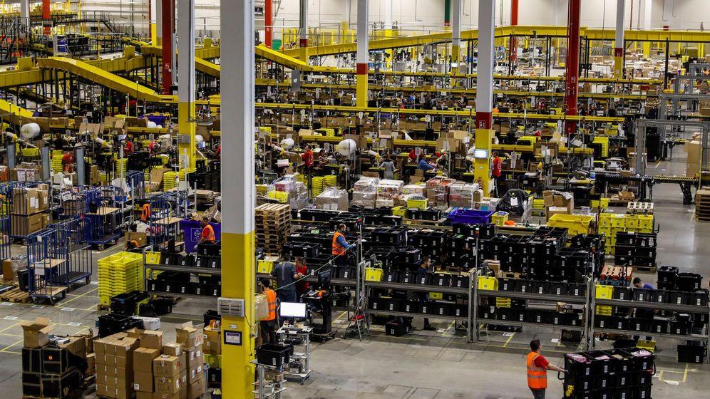 Almacenes de Amazon en Torrejón de Ardoz, Madrid. (EFE)