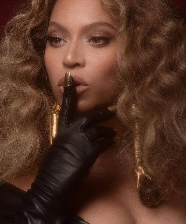 Foto: Beyoncé, vestida de Schiaparelli. (Instagram)