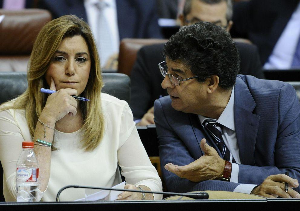 Foto: La presidenta andaluza Susana Díaz (i), y el vicepresidente Diego Valderas (EFE)