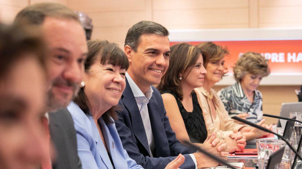 El PSOE ofrece a Podemos una síntesis de su programa para un Gobierno monocolor