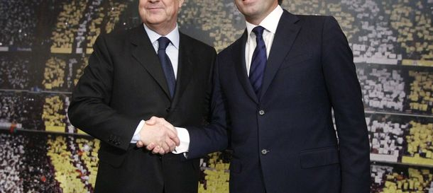 Foto: El presidente del Real Madrid, Florentino Pérez, junto a Sandro Rosell, en 2011. (Efe)