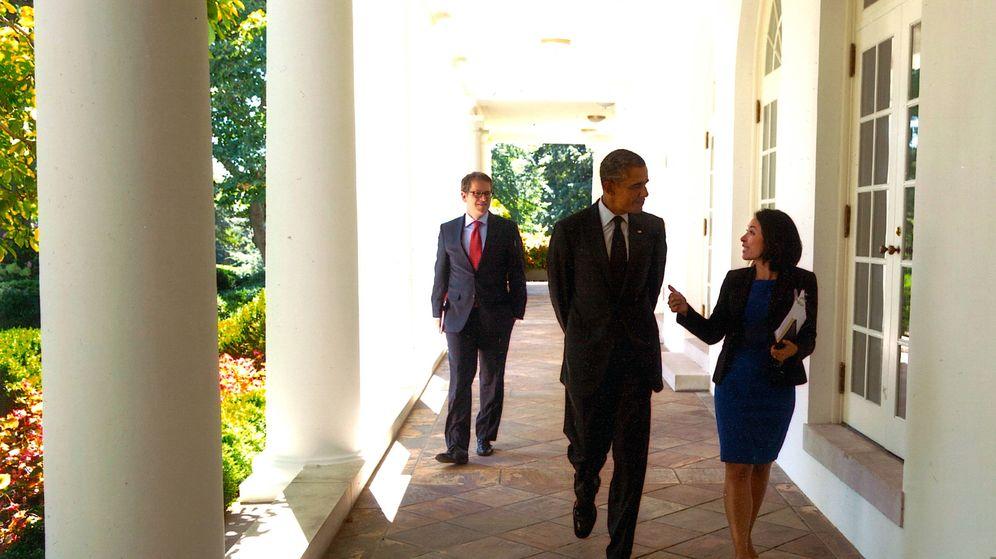 Foto: Katherine Vargas, junto a Barack Obama. (Foto oficial de la Casa Blanca, por Pete Souza)