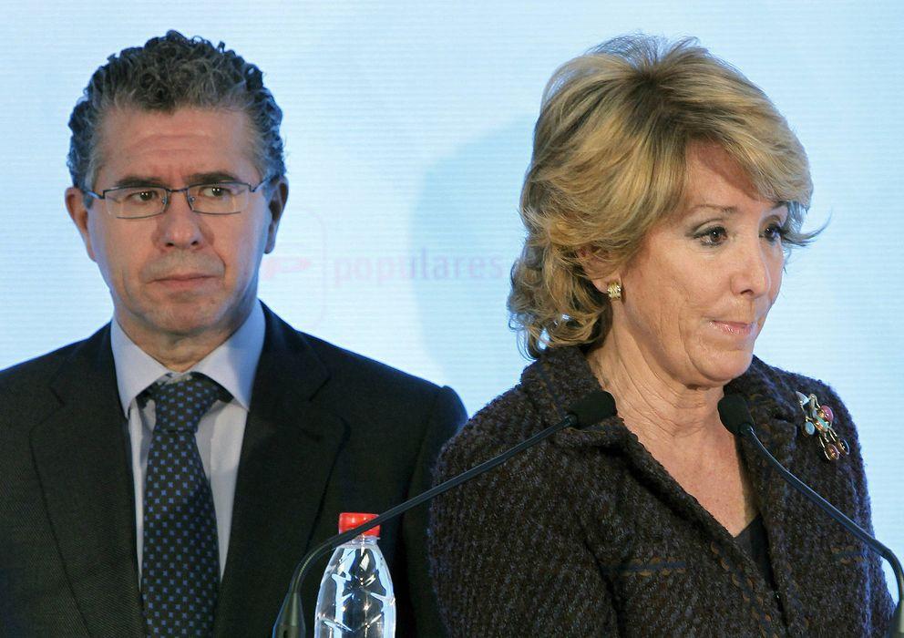 Foto: Francisco Granados y Esperanza Aguirre. (Efe)