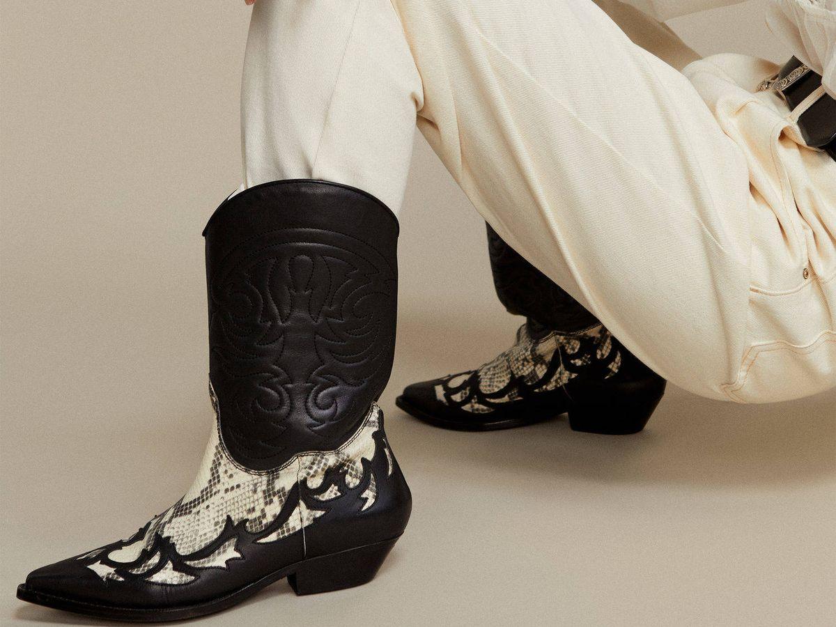 Foto: Botines cowboy rebajados de Mango Outlet. (Cortesía)