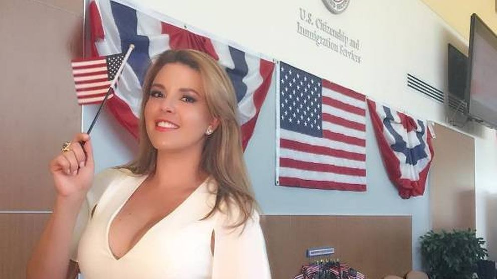 'Miss Piggy', el 'arma' de Clinton para lograr el voto hispano y femenino