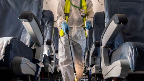 ¿Cómo se desinfecta un avión?
