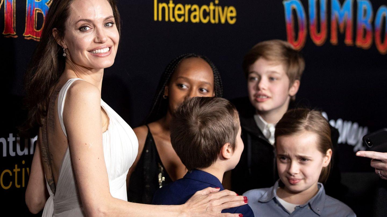 La actriz estadounidense, con sus hijos en el estreno de 'Dumbo' el año pasado. (EFE)