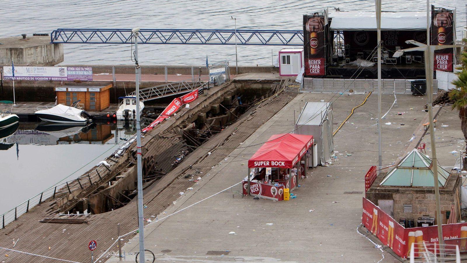 Foto: La plataforma que se ha desplomado en Vigo (Foto: EFE)