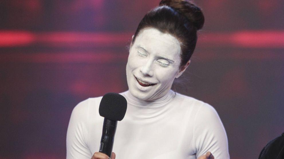 Las espectaculares fotografías de la transformación facial de Pilar Rubio